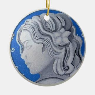 Cameo Ornament