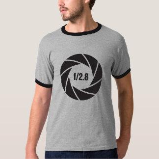 Camera Aperture f/2.8 | Black Graphic Design T-Shirt