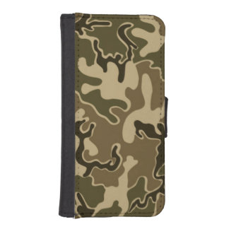"Camo Green pattern iPhone ""5 5s"" Wallet case"
