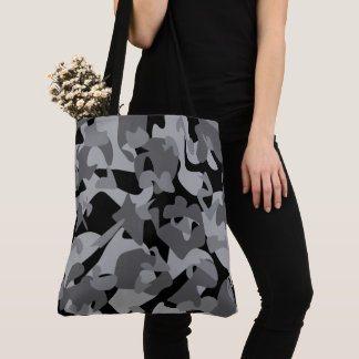 Camouflage design pattern tote bag