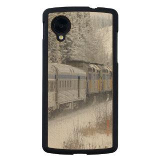 Canada, Alberta. VIA Rail Snow Train between Carved® Maple Nexus 5 Case