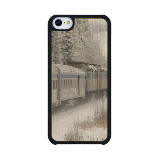 Canada, Alberta. VIA Rail Snow Train between Carved® Maple iPhone 5C Case