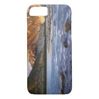 Canada, British Columbia, Alsek River Valley. 2 iPhone 7 Case