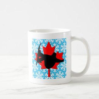 Canada snowflake snowboarding coffee mug