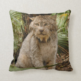 Canadian Lynx 4196e Throw Pillow