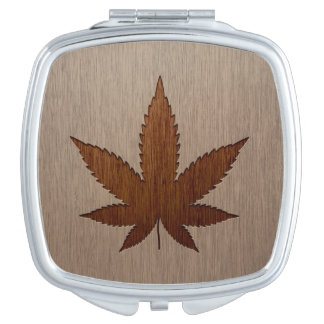Cannabis leaf engraved on wood design compact mirrors