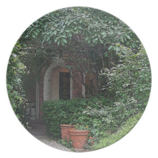 Canopy of Foliage Party Plate