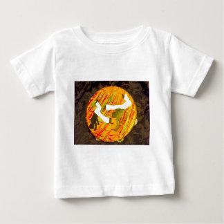 capoeira meu amor my love martial arts baby T-Shirt