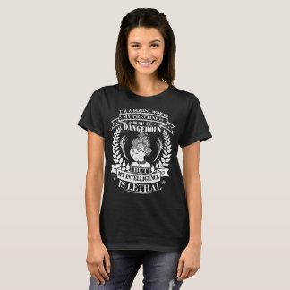 Capricorn Woman Prettiness Dangerous Intelligence T-Shirt