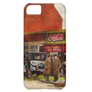 Car - Accident - Looking out for number one 1921 Case For iPhone 5C
