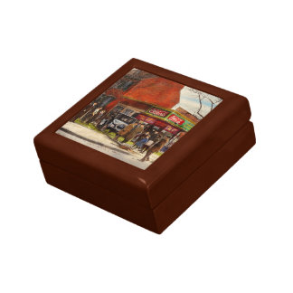 Car - Accident - Looking out for number one 1921 Gift Box