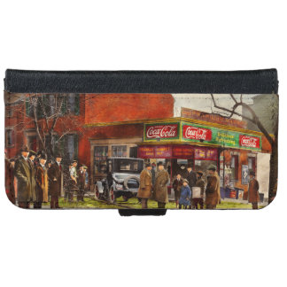Car - Accident - Looking out for number one 1921 iPhone 6 Wallet Case