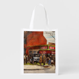 Car - Accident - Looking out for number one 1921 Reusable Grocery Bag