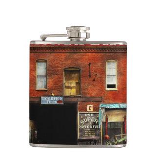 Car - Garage - Misfit Garage 1922 Hip Flask