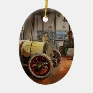 Car Mechanic - The overhaul 1915 Ceramic Oval Ornament