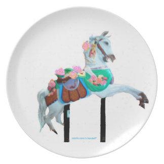 """CAROUSEL HORSE MELAMINE PLATE FACING RIGHT"""