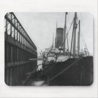 Carpathia in dock in New York 1912 Mouse Pad