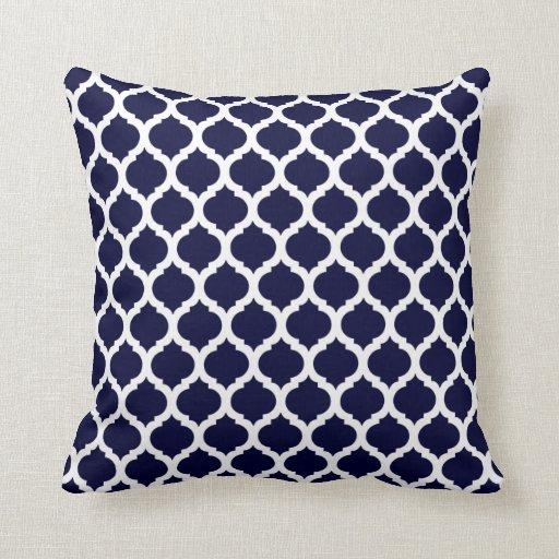 carreaux marocains de motif de bleu marine coussin zazzle. Black Bedroom Furniture Sets. Home Design Ideas