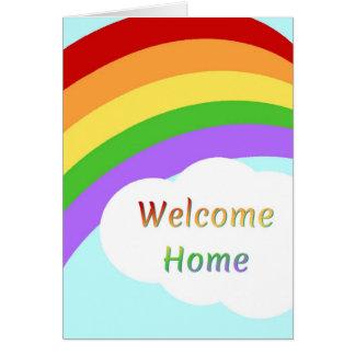 Carte à la maison bienvenue avec l'arc-en-ciel
