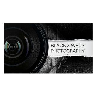 Carte de visite noir et blanc de grande lentille d