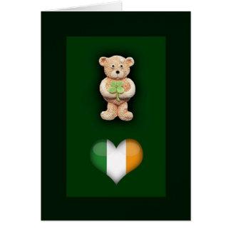 Carte de voeux chanceuse d'ours de nounours de
