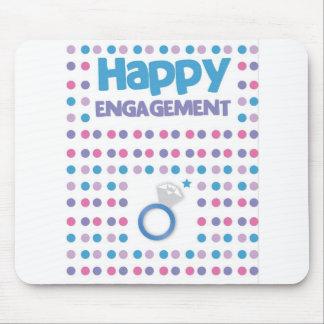 Carte de voeux heureuse tachetée de fiançailles tapis de souris