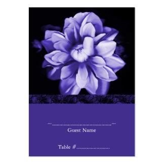 Carte florale violette d'allocation des places de  carte de visite