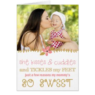 Carte photo du jour de mère de baisers et de cares