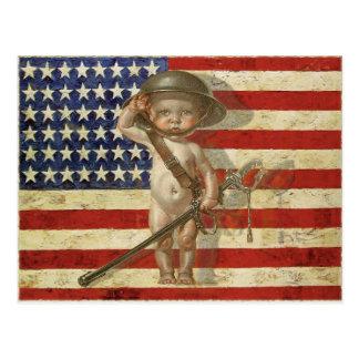 Carte postale avec le héros de guerre de bébé sur