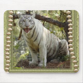 Cartes de voeux de St Patrick blanc de tigre Tapis De Souris