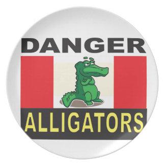 cartoon alligator help plate