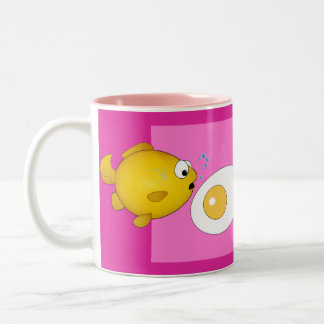 Cartoon fish and fried egg surprise! Two-Tone coffee mug