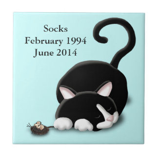 Cartoon Kitty with toy mouse Tile