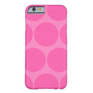 Cas rose de l iPhone 6 de point de polka Coque iPhone 6 Slim