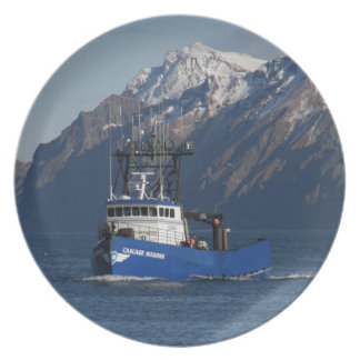 Cascade Mariner, Crab Fishing Boat in Dutch Harbor Party Plates