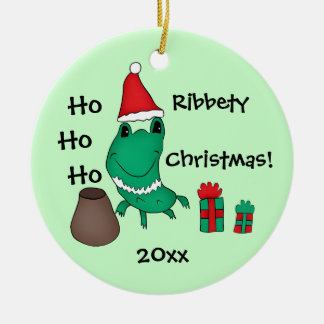 Cassie's cute Christmas frog Round Ceramic Ornament