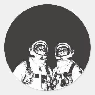 cat astronaut - black and white cat - cat memes classic round sticker