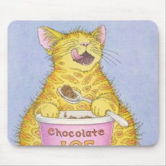CAT eating ice cream Mouse Pad