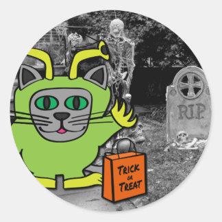 Cat in Alien Costume Trick or Treat Round Sticker