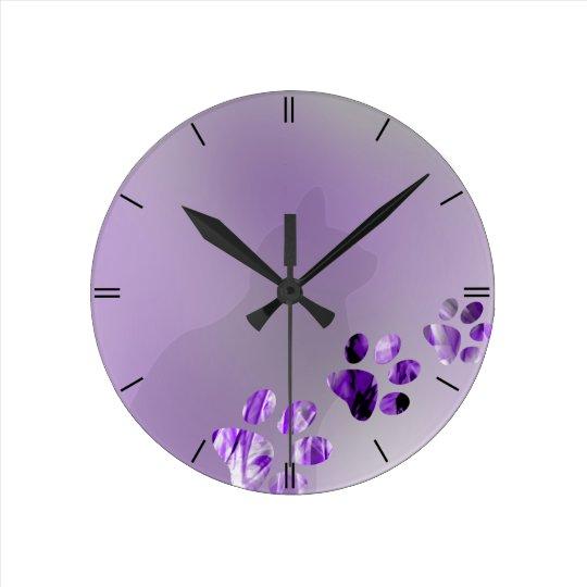 Cat Paw Violete Round Clock