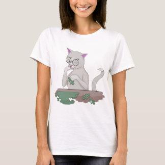 Cat Solving a Puzzle T-Shirt