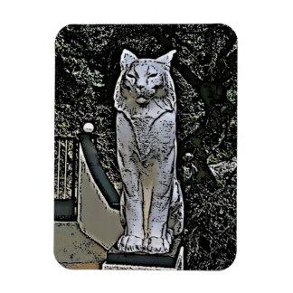 Cat statue magnet