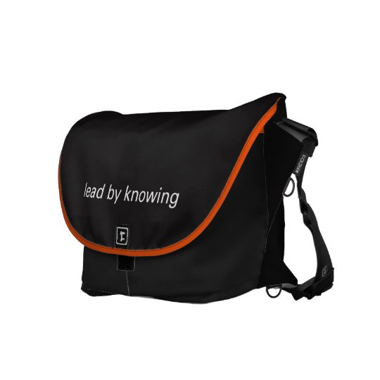 CATCH - Messenger Bag