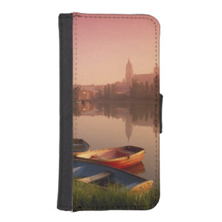 Cathedral and River Tormes, Salamanca, Castile iPhone SE/5/5s Wallet Case