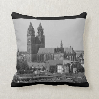 Cathedral of Magdeburg 001.F.04.7 Throw Pillow
