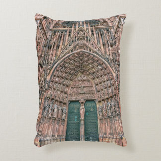 Cathedrale Notre-Dame, Strasbourg, France Decorative Pillow