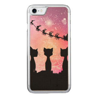 Cats looks to the sky to Santa Claus Carved iPhone 8/7 Case