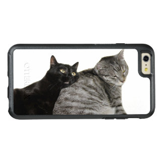 Cats love OtterBox iPhone 6/6s plus case