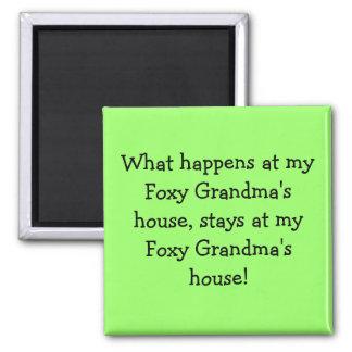 Ce qui se produit à la maison de ma grand-maman ru magnet carré
