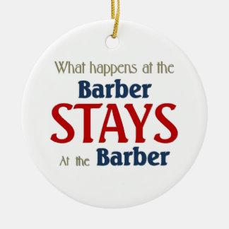 Ce qui se produit aux séjours de coiffeur au ornement rond en céramique